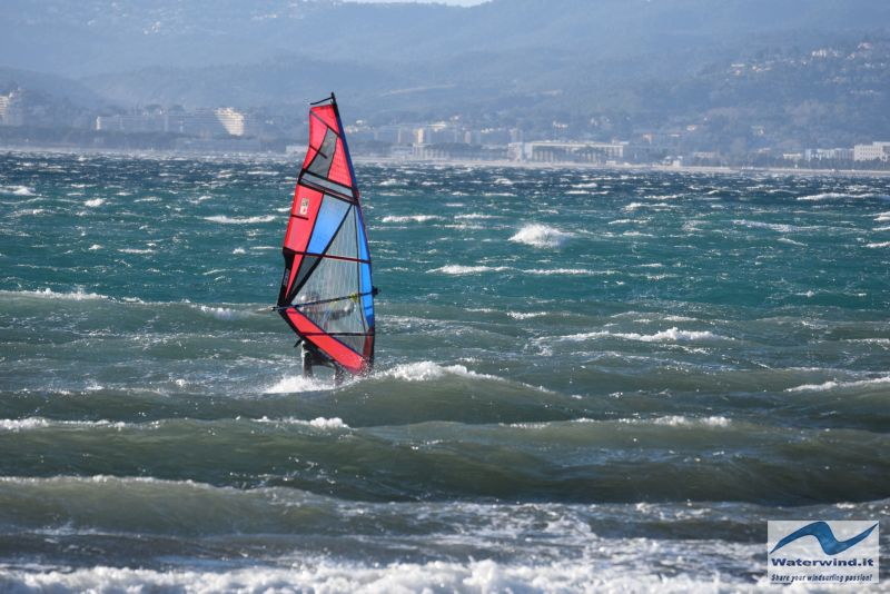 Windsurf Cannes Mistral 138
