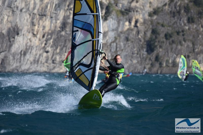 Windsurf Isleten Urnesee Switzerland 103