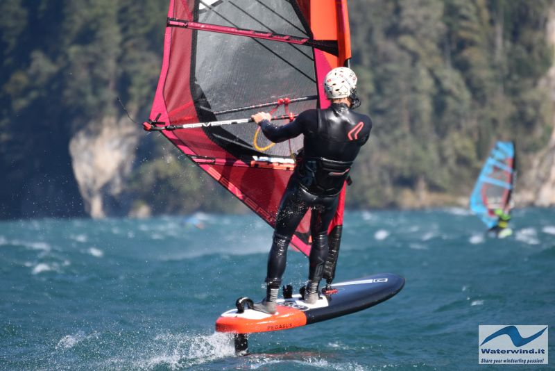 Windsurf Isleten Urnesee Switzerland 125
