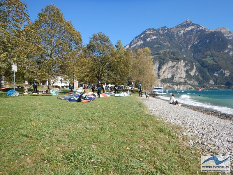 Windsurf Isleten Urnersee Switzerland