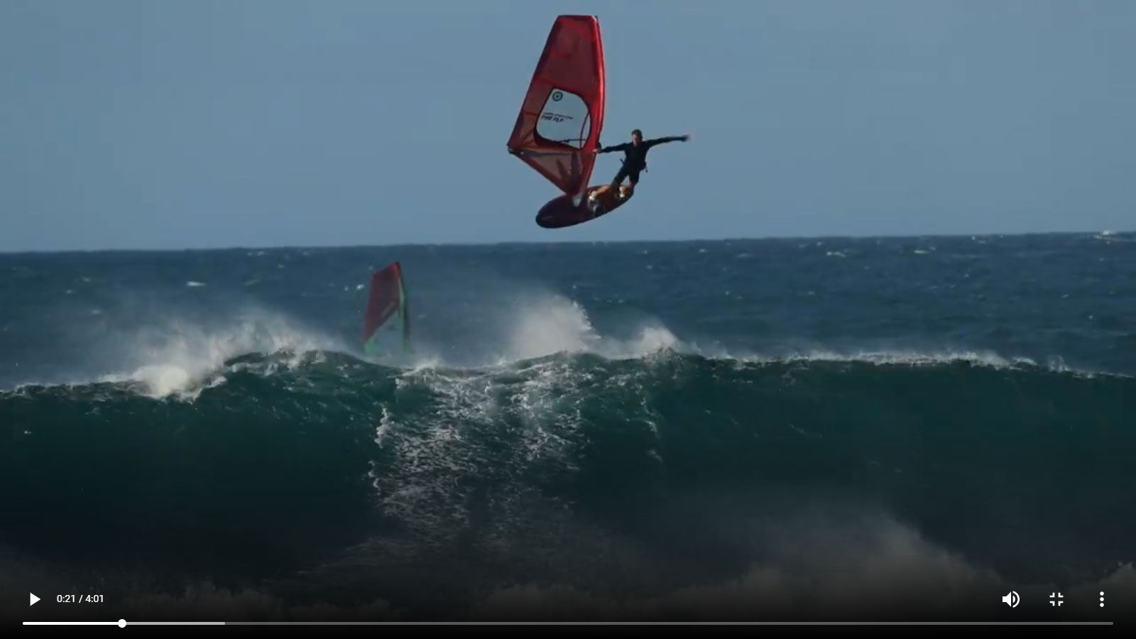 Antoine_Martin_windsurf_wave_dying_to_live.jpg