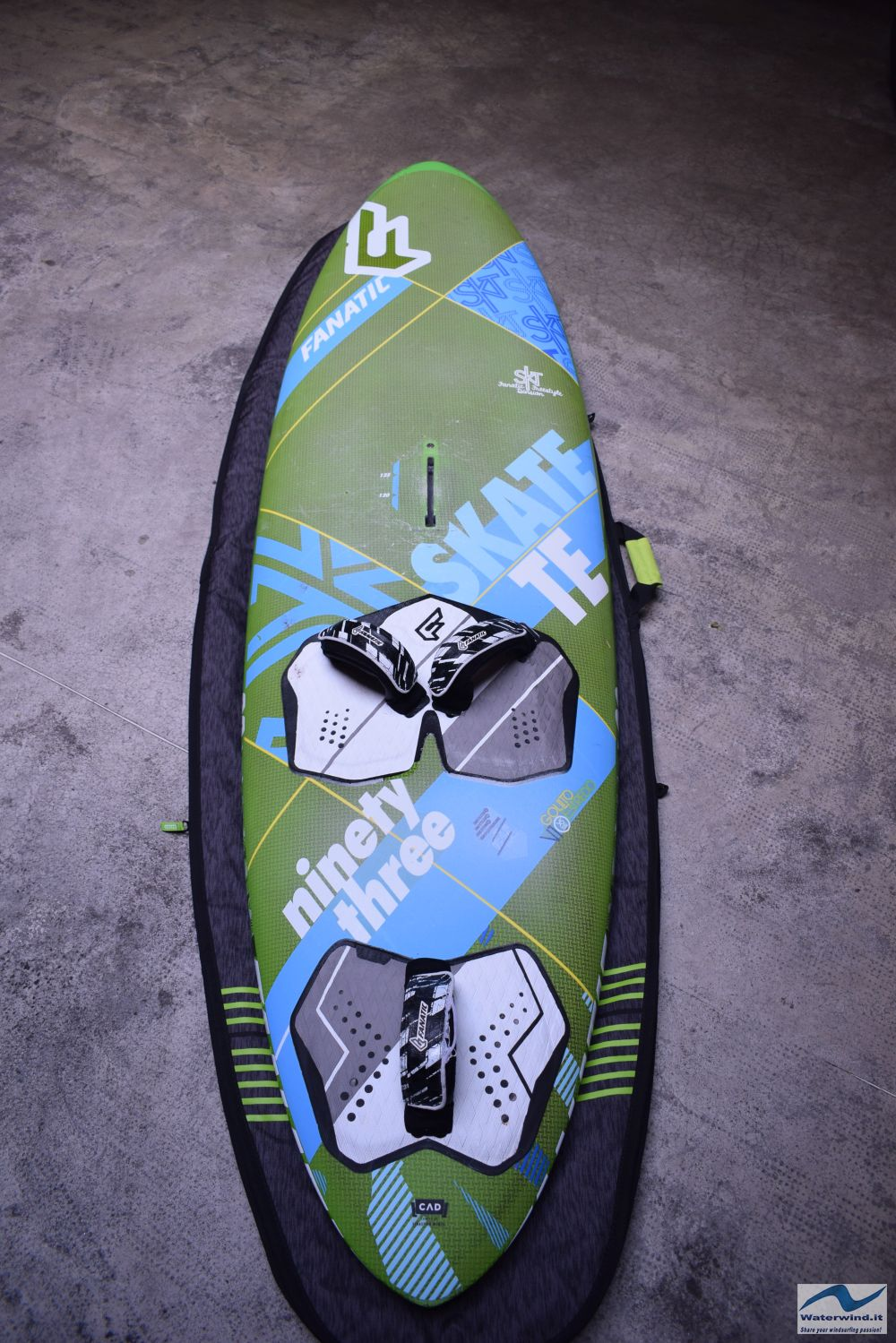 Windsurf_Fanatic_Skate_Freestyle_1.jpg