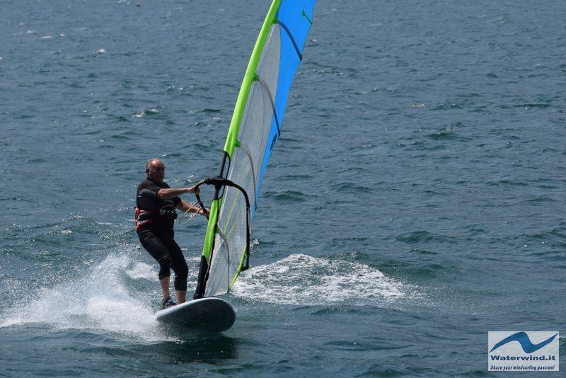 Windsurf_Lago_Como_Dervio_5.jpg