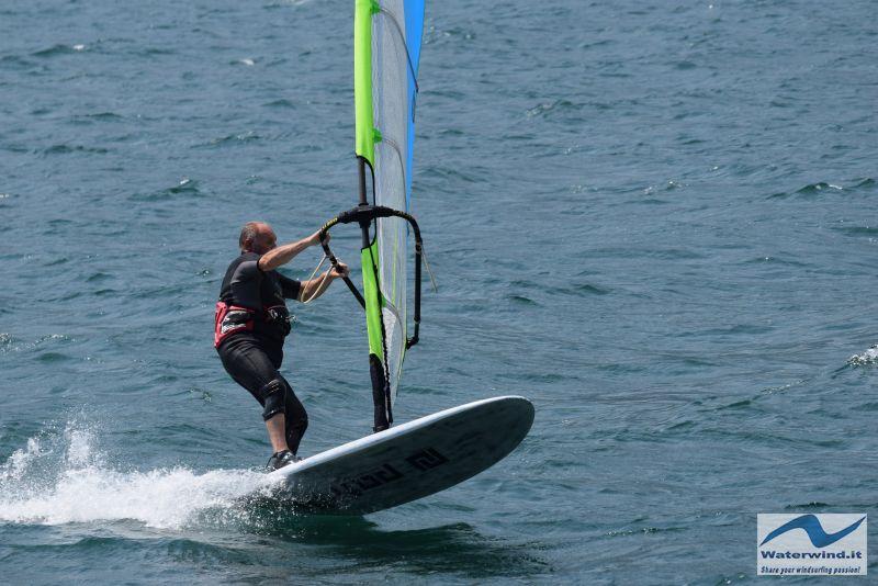 Windsurf_Lago_Como_Dervio_6.jpg