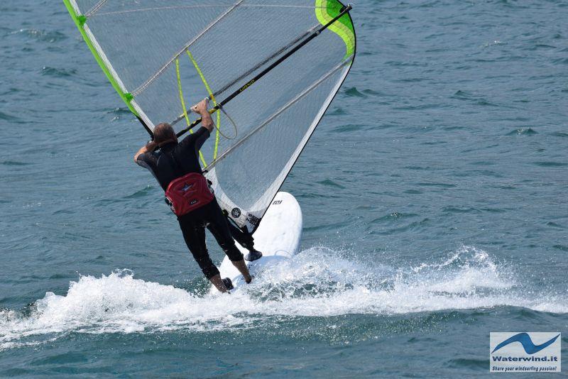 Windsurf_Lago_Como_Dervio_8.jpg
