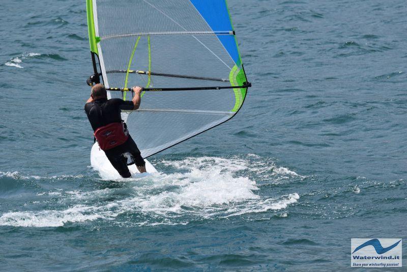Windsurf_Lago_Como_Dervio_9.jpg