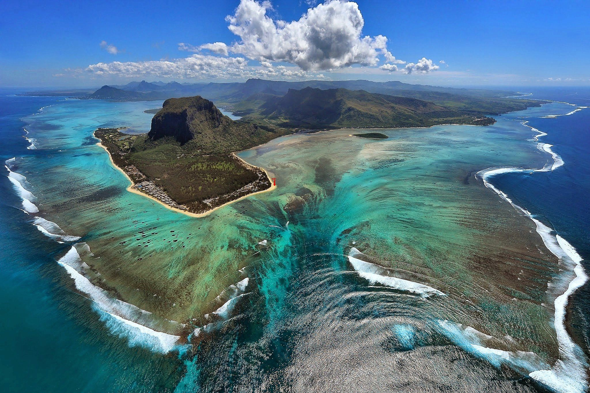 aerial-photo-le-morne-mauritius.jpg